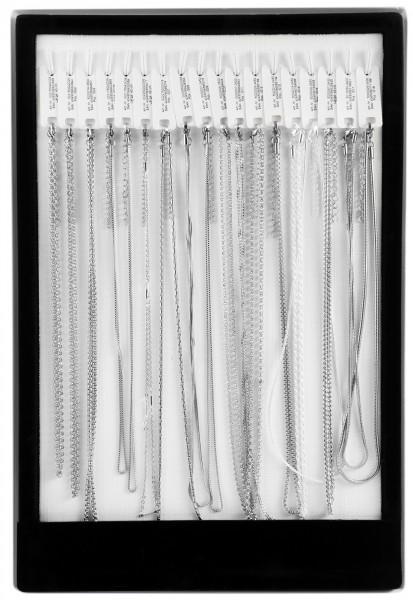 Display und/oder 18 Edelstahlketten, silberfarben 45 cm - 50cm
