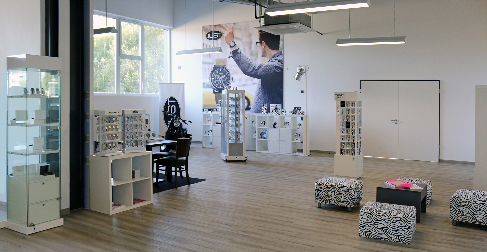 Showroom-UT-klein
